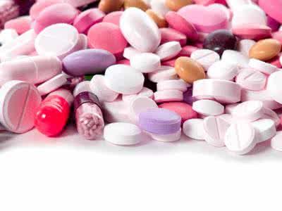 小伙吃止痛药上瘾|滥用药物后果很严重
